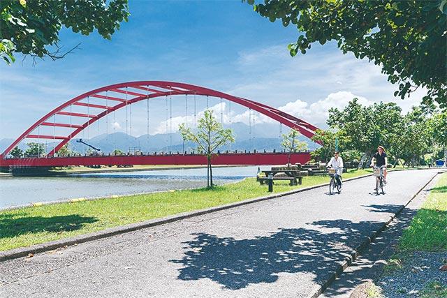 Dongshan River Bike Path - Yilan County